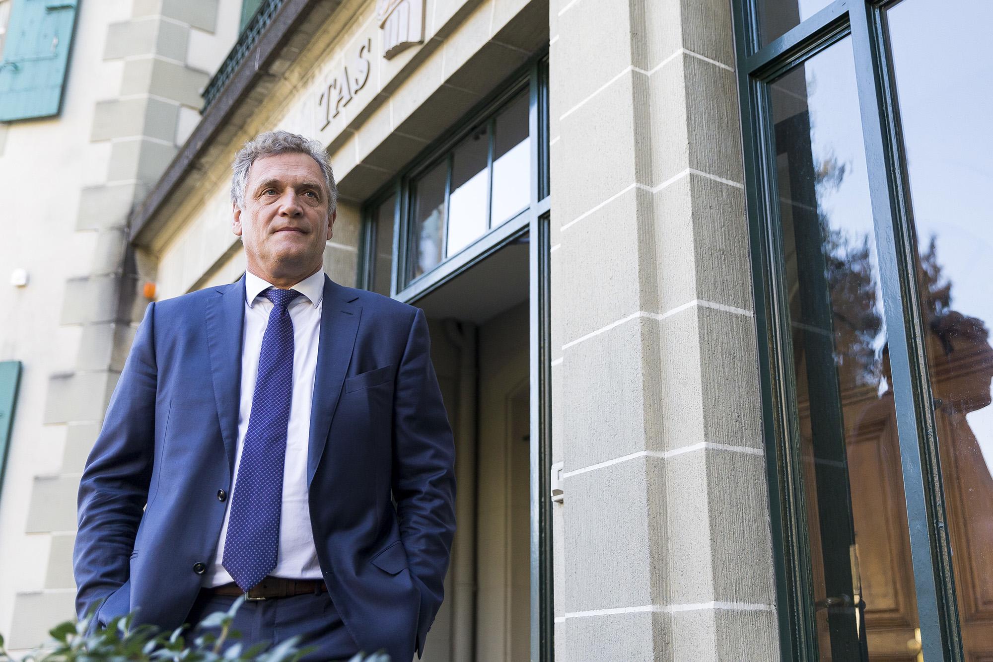Бивш шеф във ФИФА се оправда по обвинения в корупция