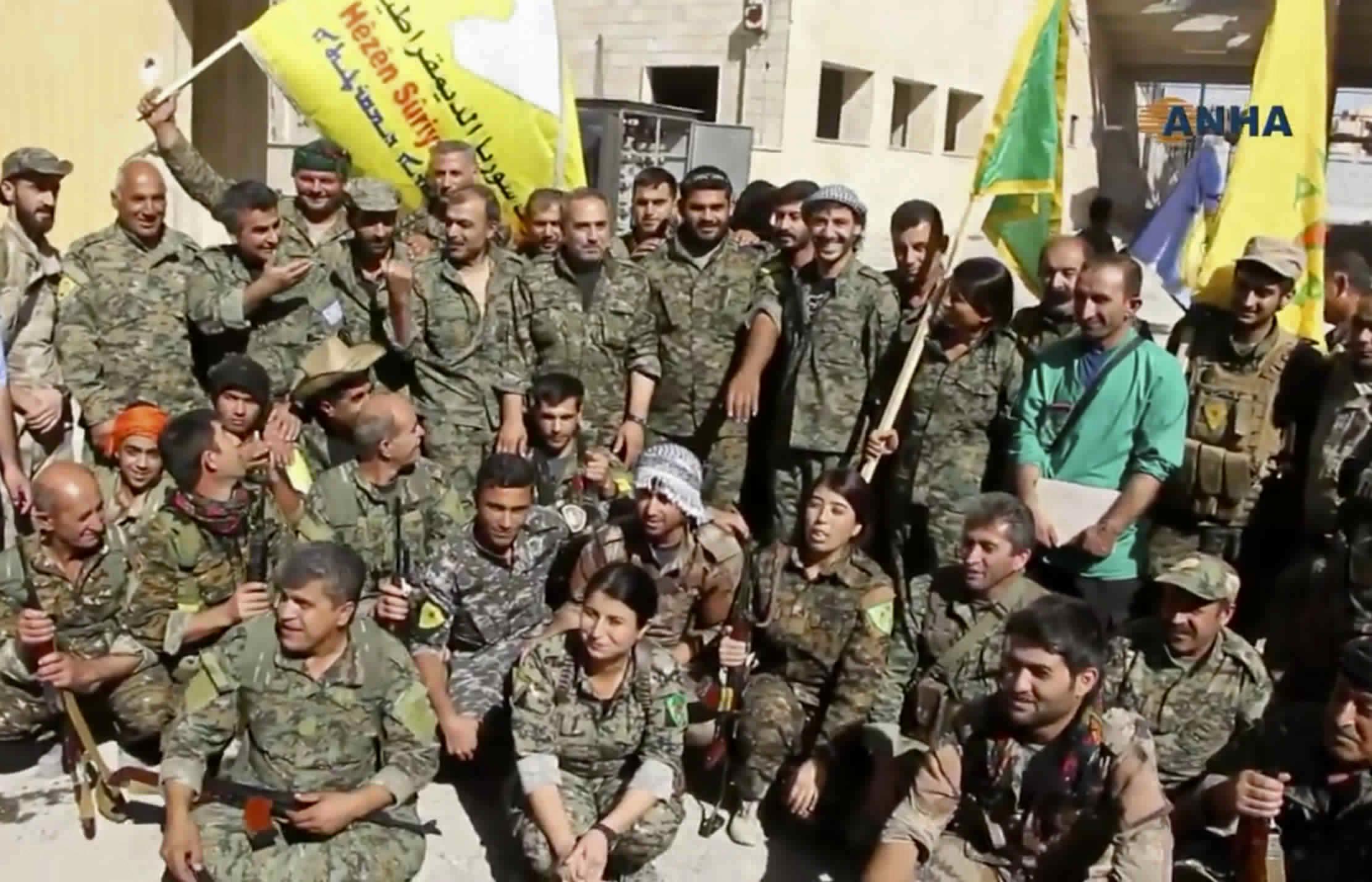 """Турция """"ужасена"""" от САЩ заради евакуацията на ИД от Ракка"""