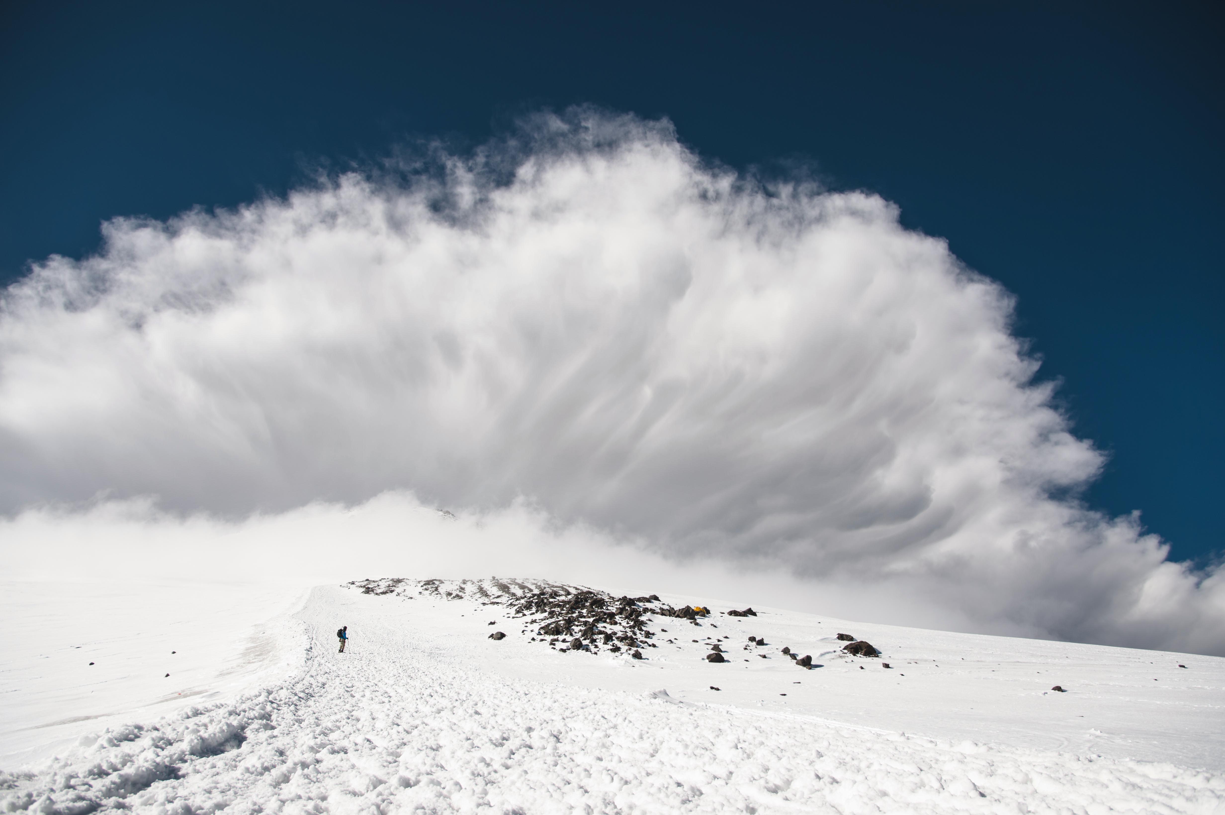 Трима испанци загинаха при лавина в  швейцарските Алпи