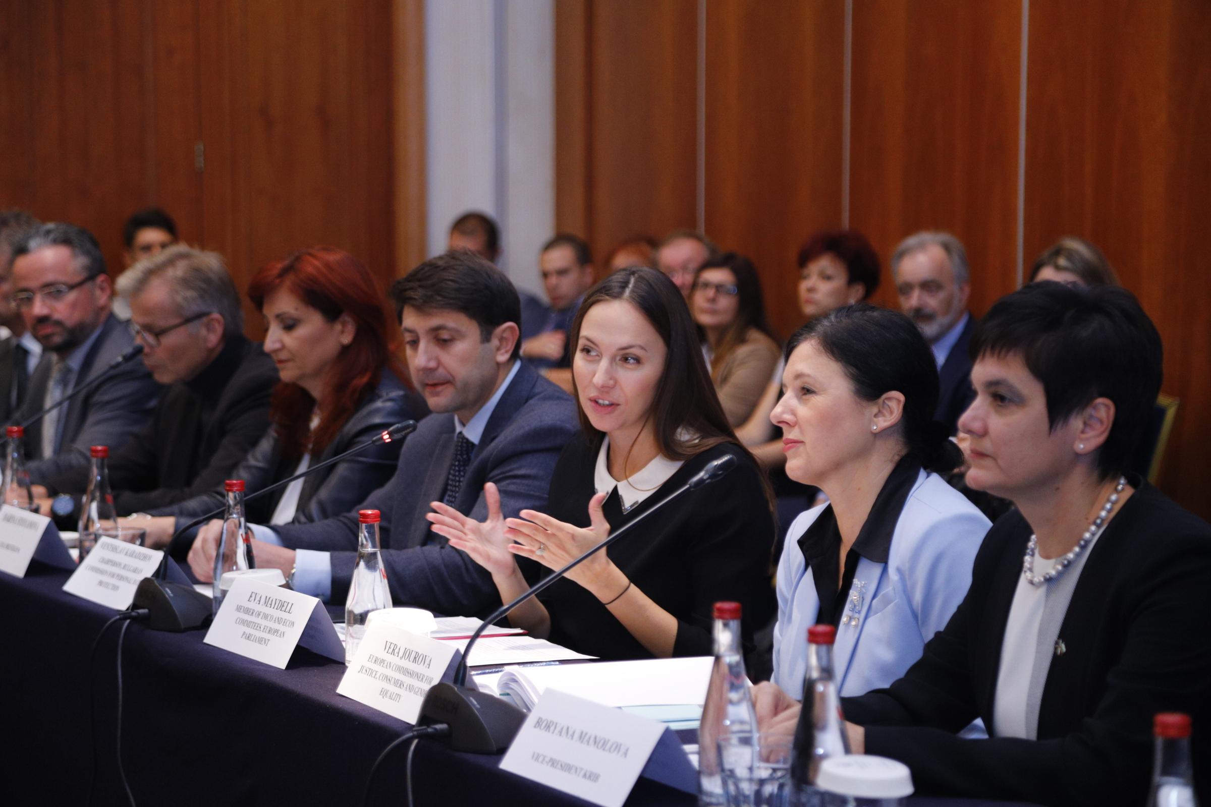 Регламентът за личните данни засяга 80% от българския бизнес