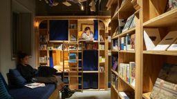 Хотели предлагат нощувки на книжен рафт