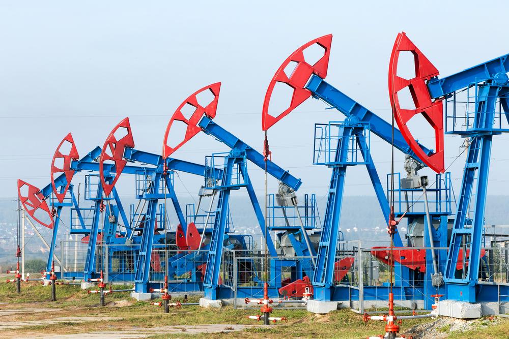 Идва ли нов срив на цената на петрола?