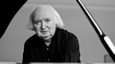 Ирландският виртуоз на клавишите Михол O'Рурк – солист на Софийската филхармония
