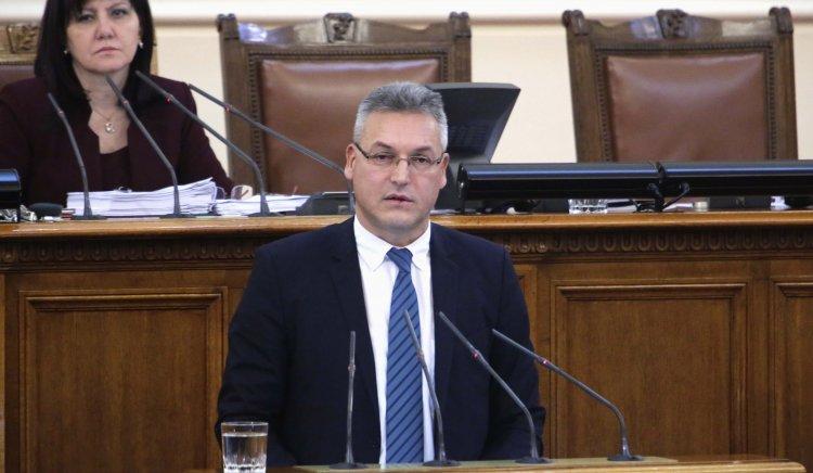 БСП не иска оставка на Иво Христов, и Борисов обиждал народа
