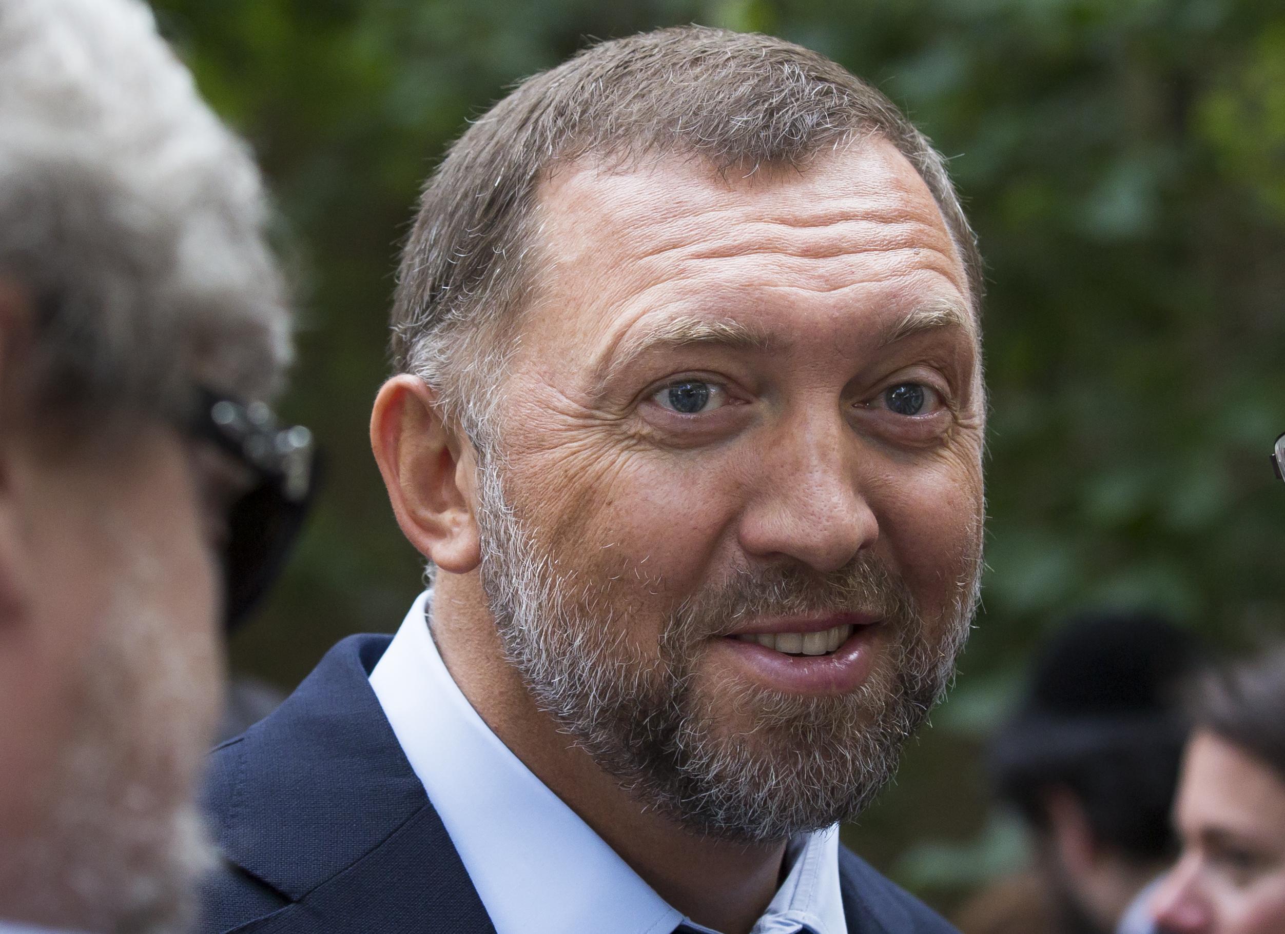 Милиардерът Дерипаска съди Алексей Навални
