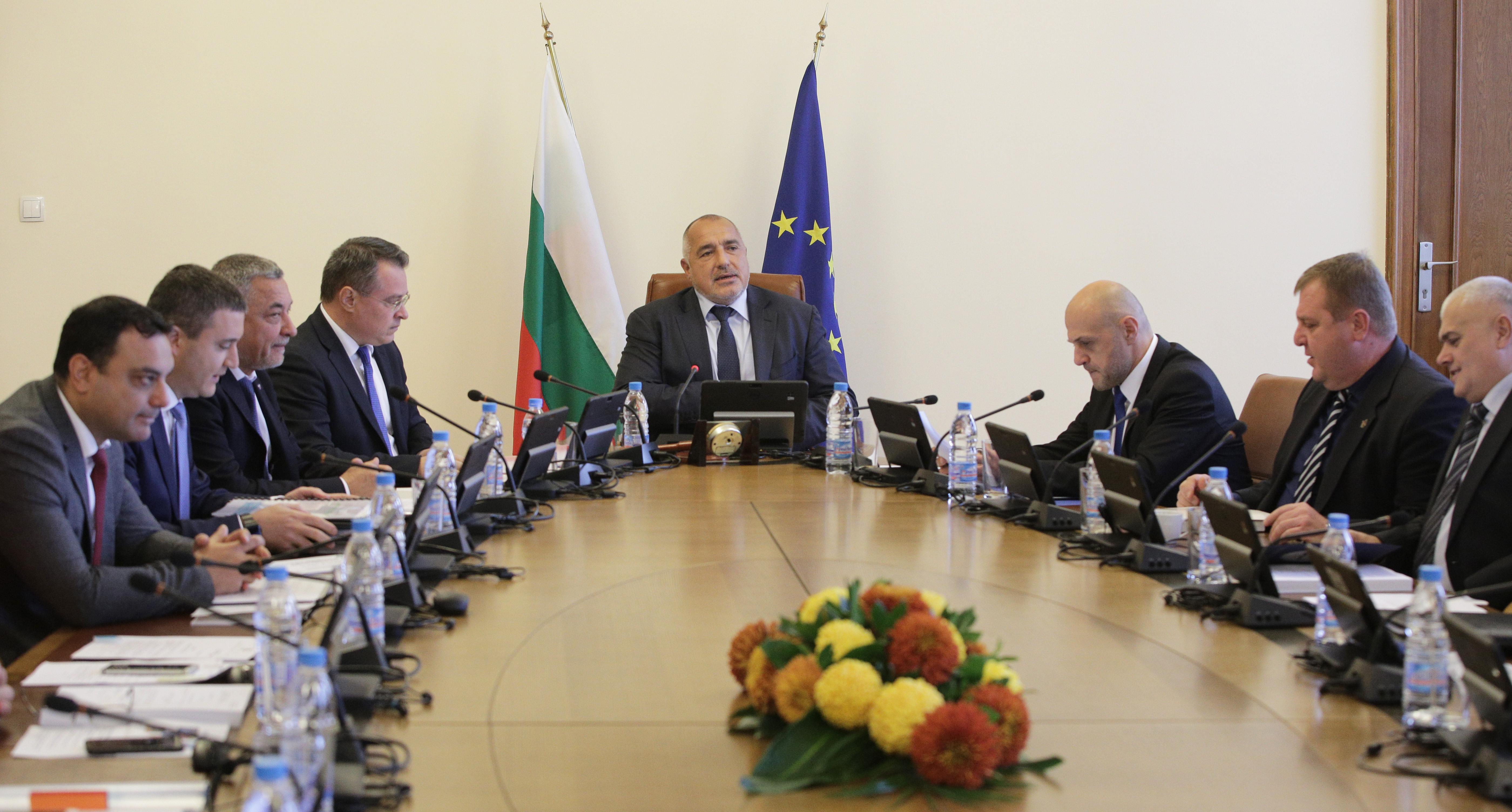 Борисов: Дългът намалява, затова искат да съборят кабинета