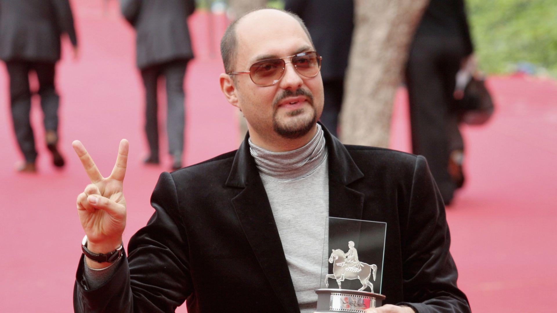 Режисьорът под домашен арест Кирил Серебренников е удостоен с френския Орден за изкуство и литература