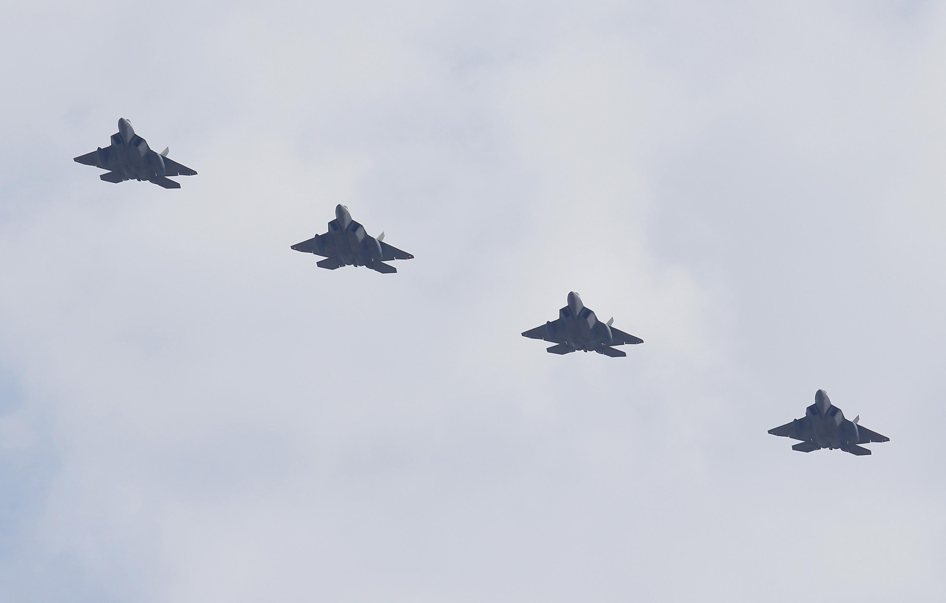 Пхенян: Морската армада на САЩ носи заплаха от ядрена война