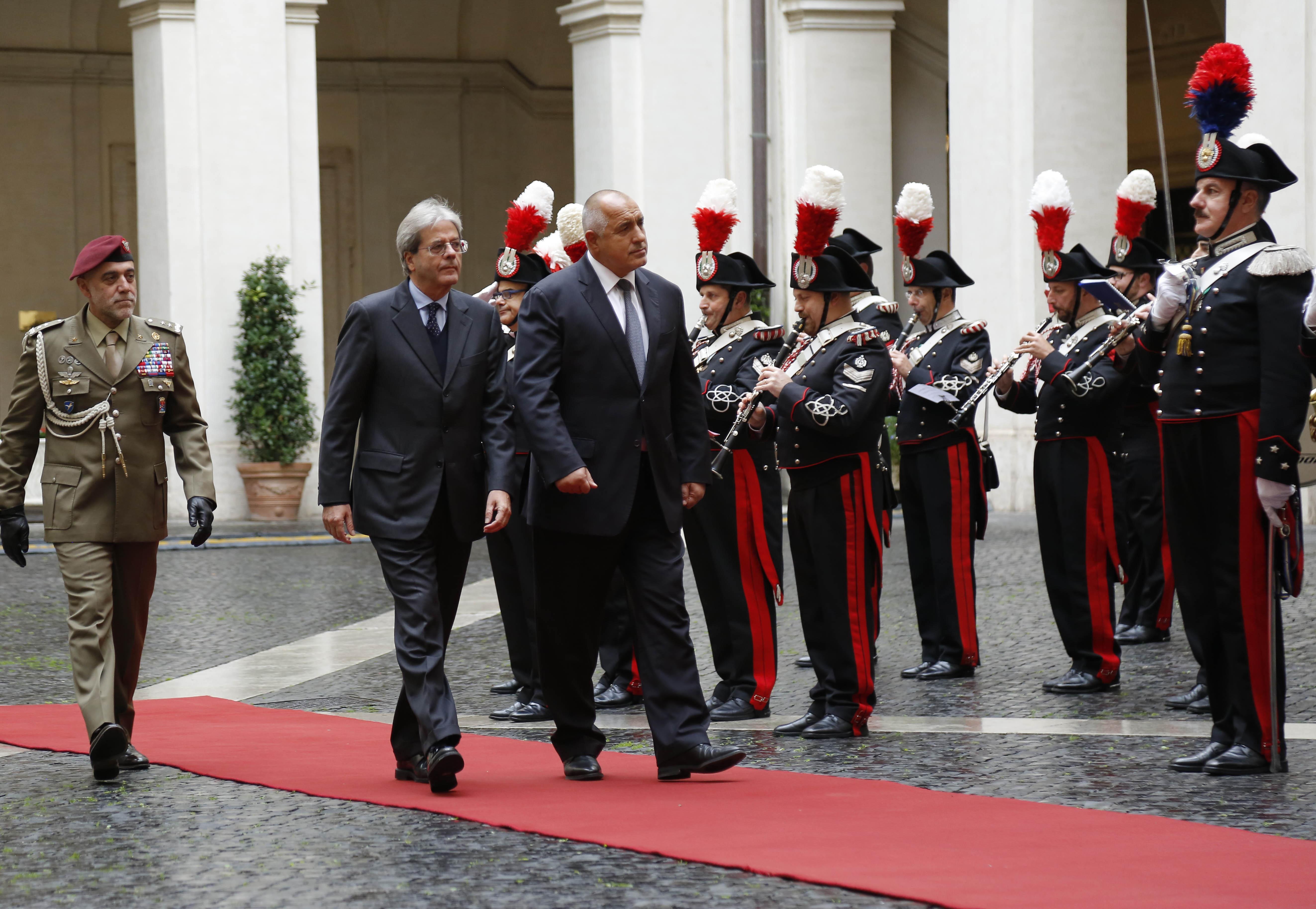 Химнът на България звуча фалшиво в Италия