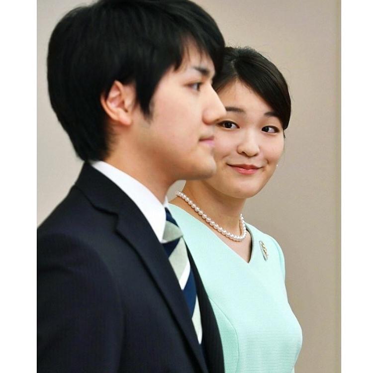 Японската принцеса Мако се омъжва след година