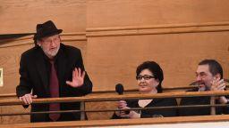 Овации за Милчо Левиев на премиерата на филма за него