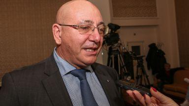 Емил Димитров-Ревизоро: Поемам поста, за да не падне правителството