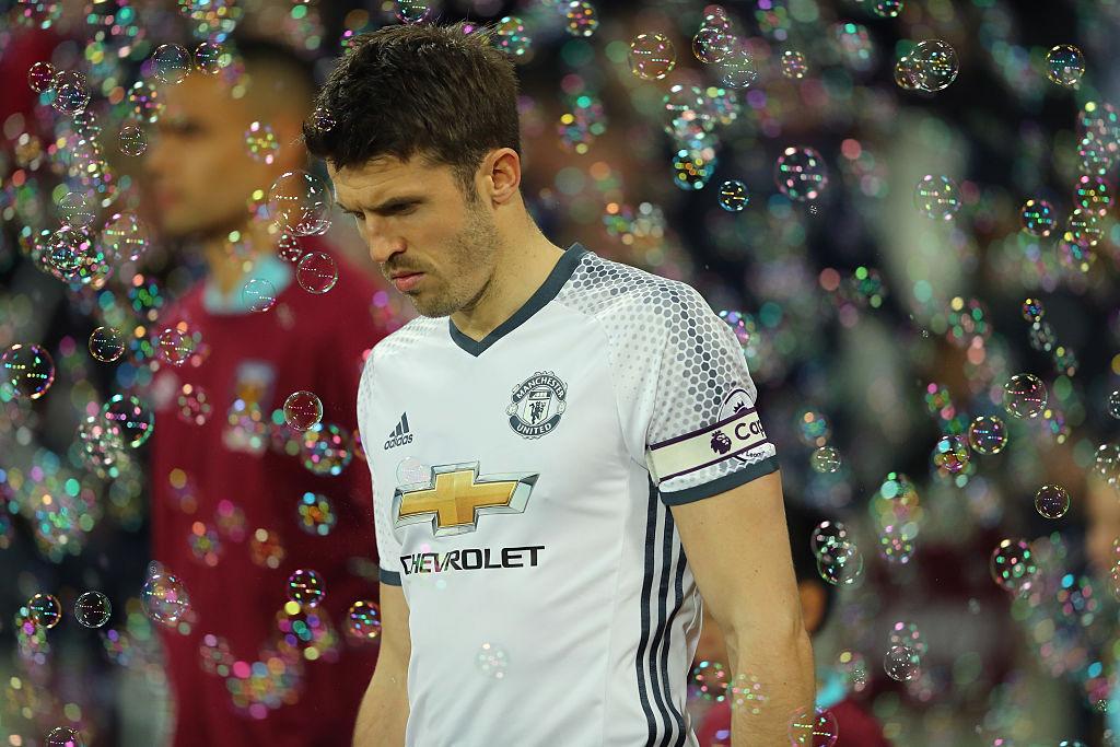 """Капитанът на """"Юнайтед"""" е със сърдечен проблем"""