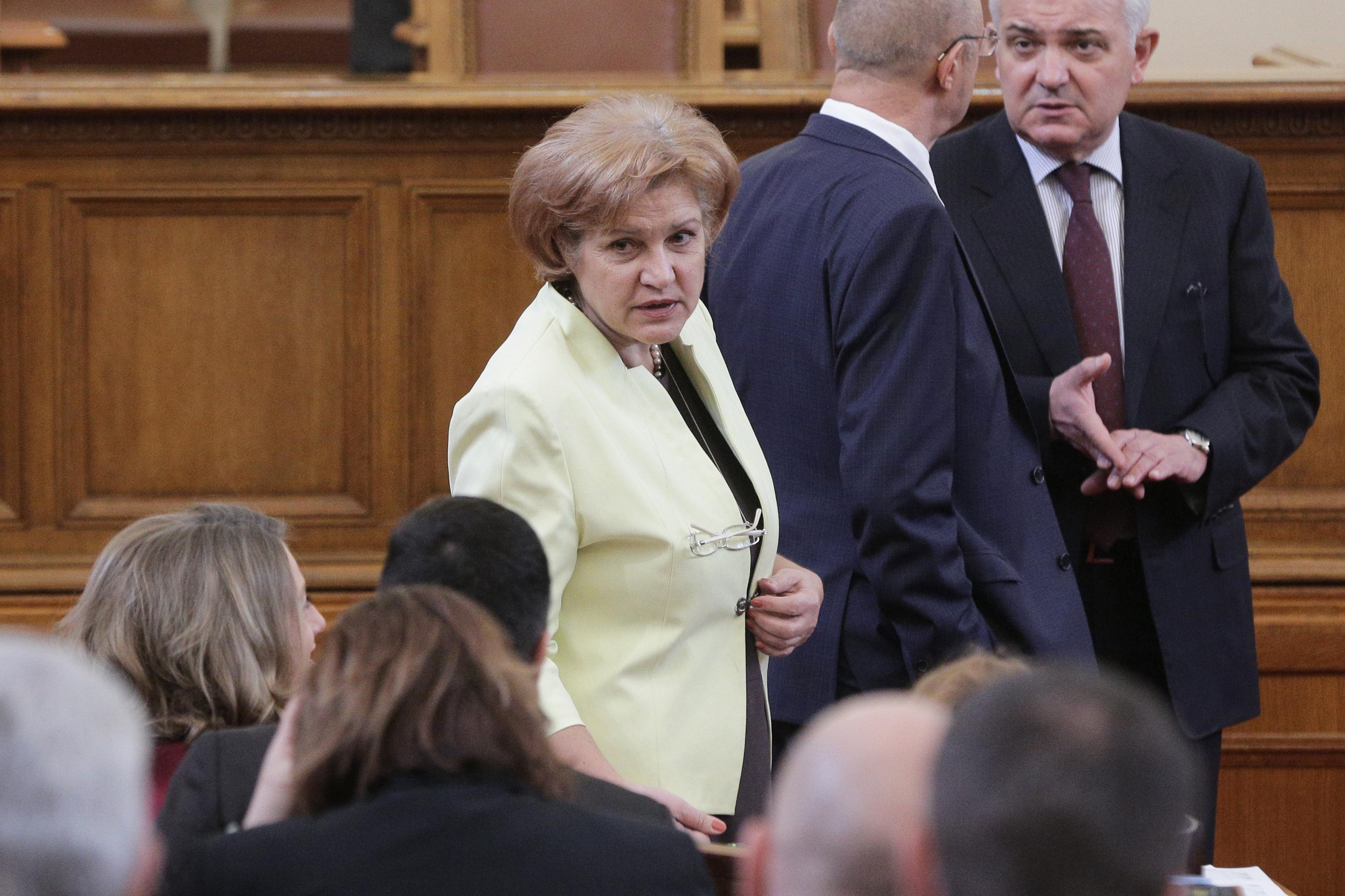 Менда Стоянова: Има сива икономика, но е преувеличена