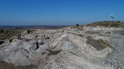 Извършиха анализ на животинските кости от разкопките на крепостта Русокастро