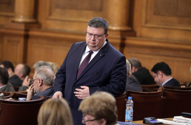 Цацаров:Нинова е проверена, няма престъпление за Техноимпекс