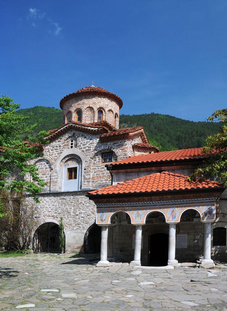 Бачковският манастир посреща и китайски туристи