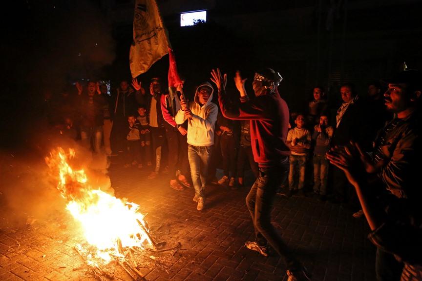 Над 100 ранени при протести на палестинците