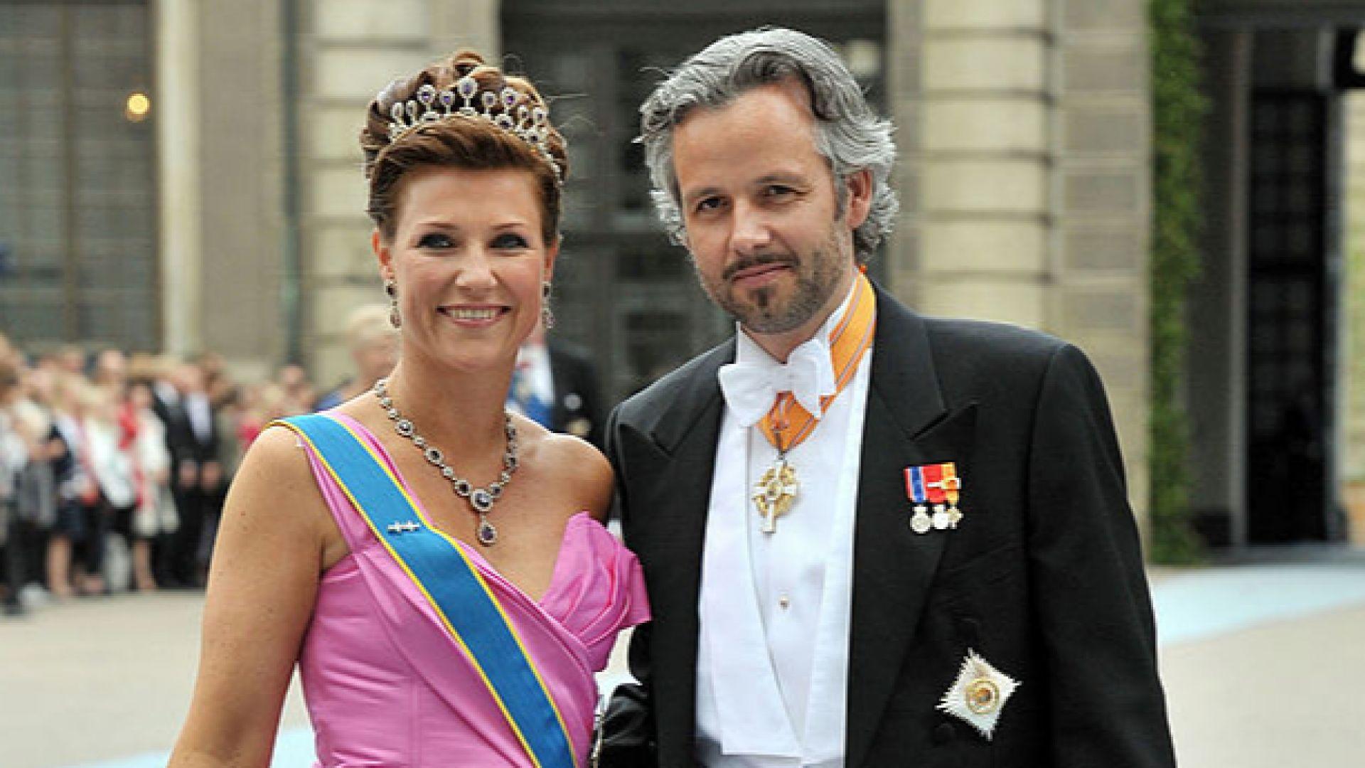 Бившият съпруг на норвежката принцеса Марта Луиз - писателят Ари Бен, се е самоубил