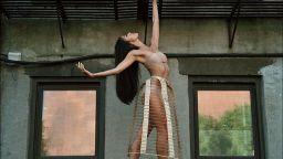 Ефирните балерини на Дейн Шитаги превзеха улиците на света