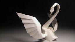 Уникалните изящни оригами на Хоанг Тиен Кует