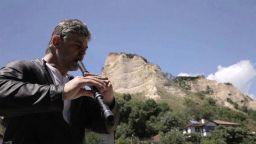 """Теодосий Спасов на фона на залеза вдъхновил """"Балканска хармония - истина или сън"""""""