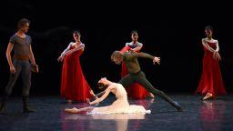 Светлана Захарова отново на българска сцена