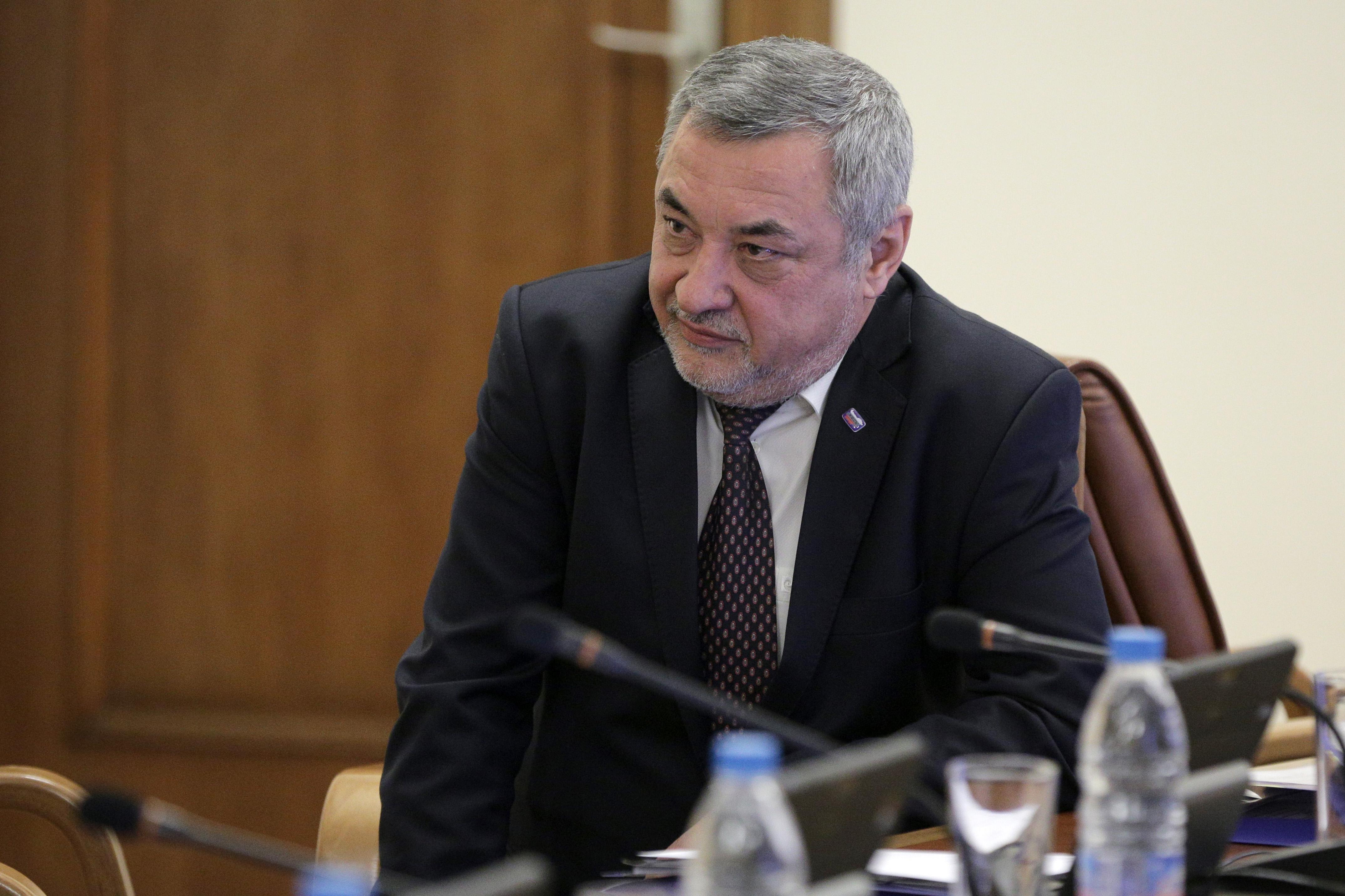 Симеонов: Сред Патриотите има напрежение заради Каракачанов