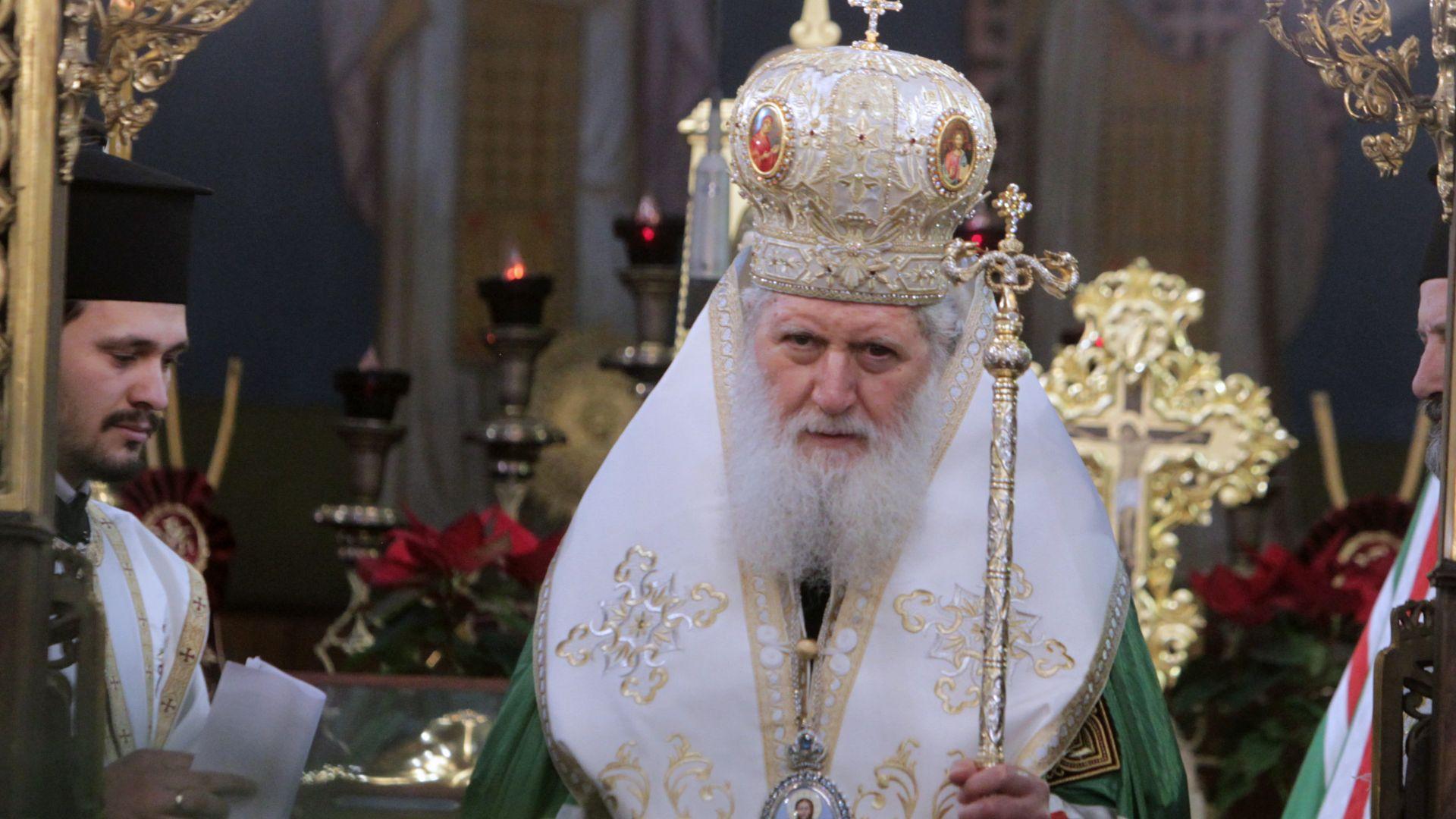 Изписват патриарх Неофит за Гергьовден