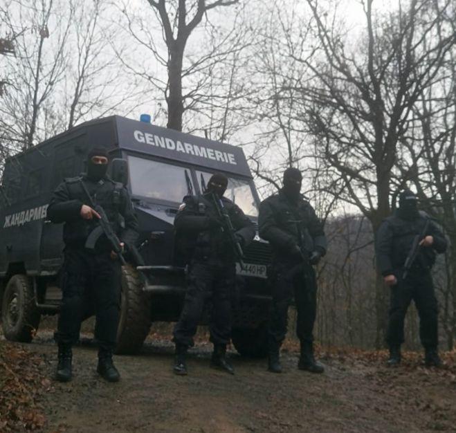 """Военни командоси и отряд """"Кобра"""" търсят Росен Ангелов"""