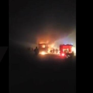 50 пътници се спасиха от горящ автобус (Видео)