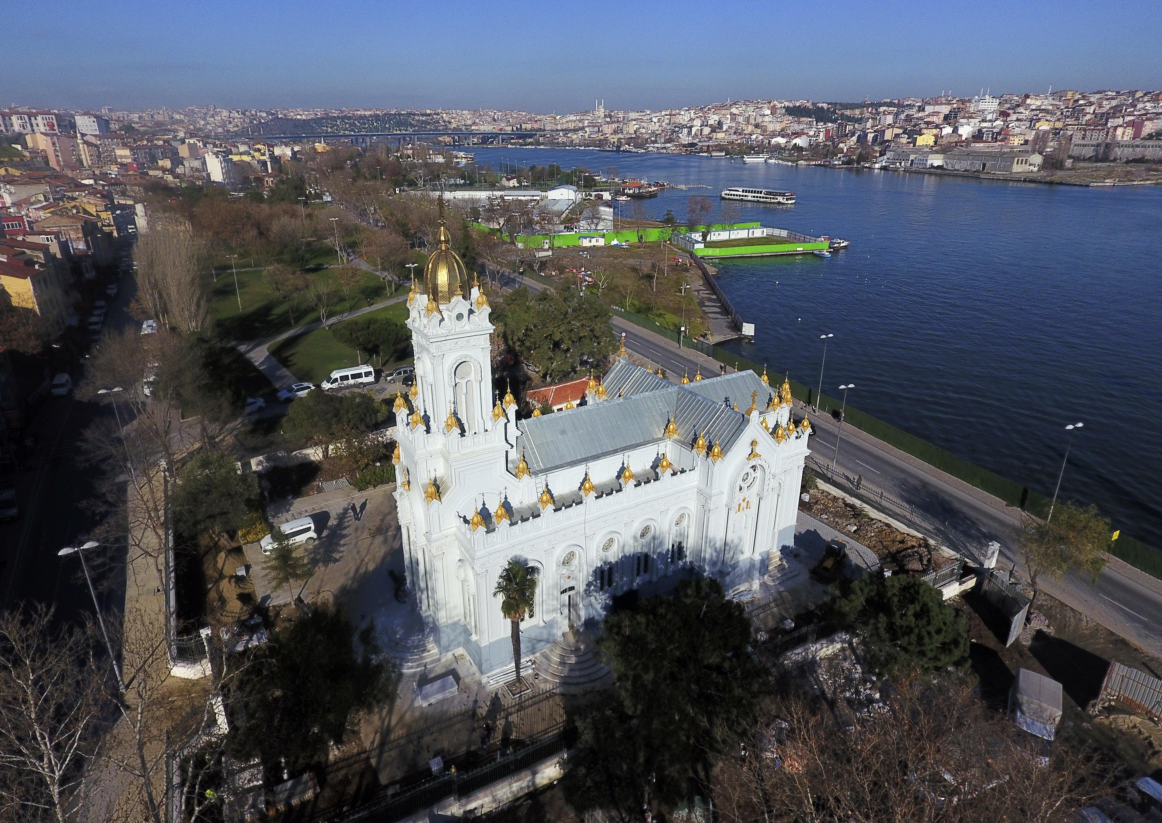 Желязната църква събира вярващите на Великден