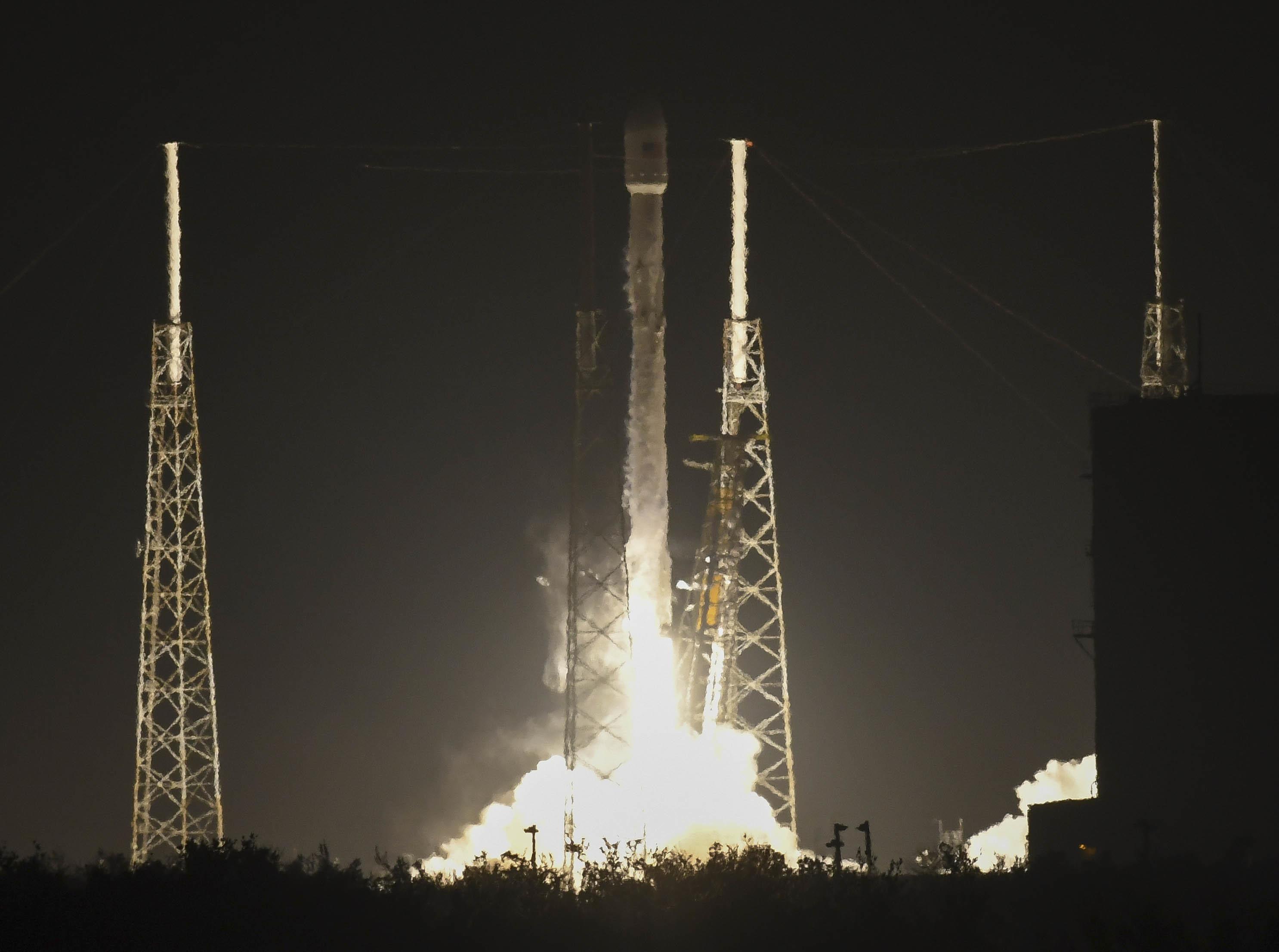Изстреляният с ракета на SpaceX шпионски сателит е изгубен