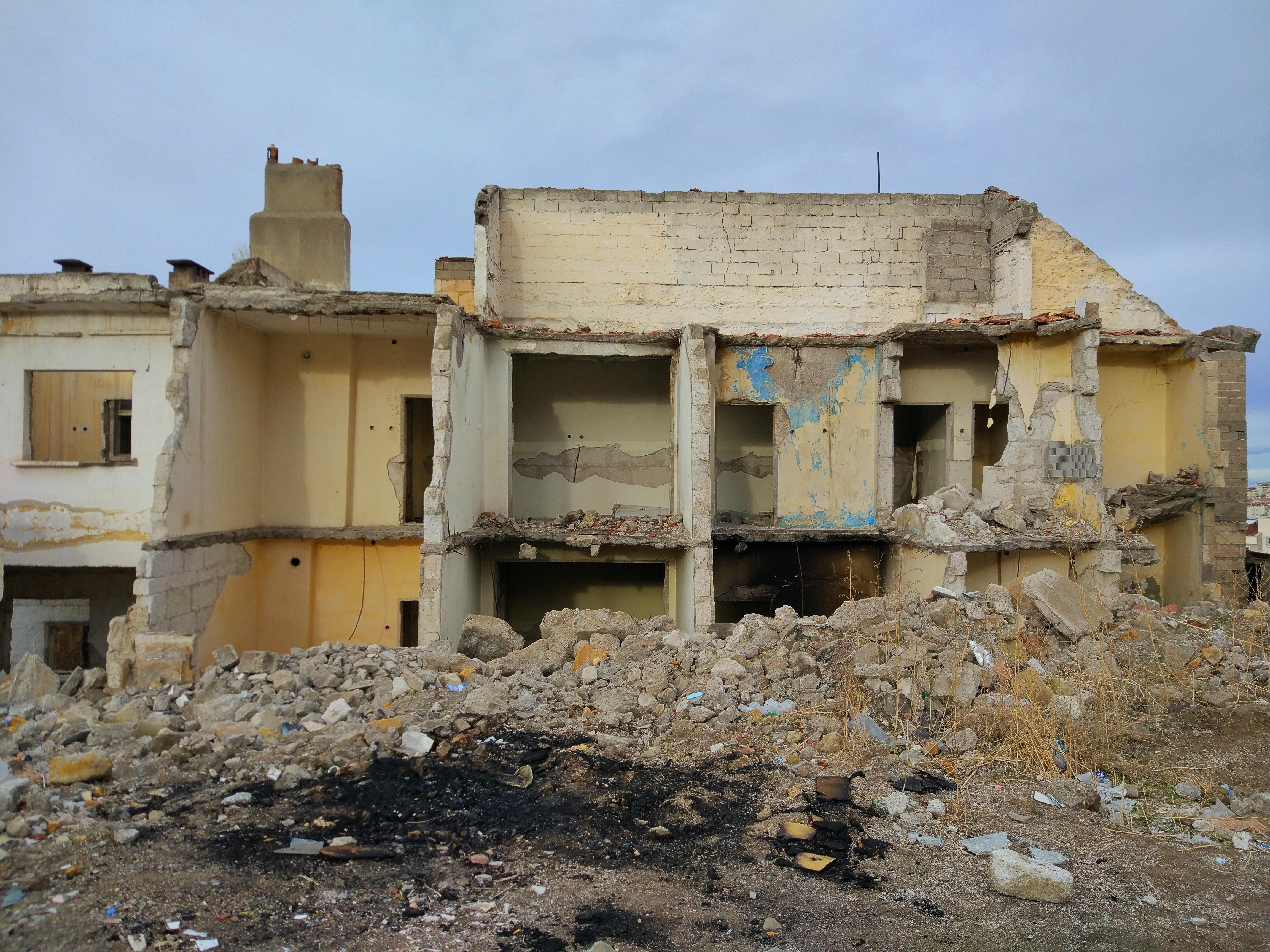 Русия унищожила склад с дронове в Сирия