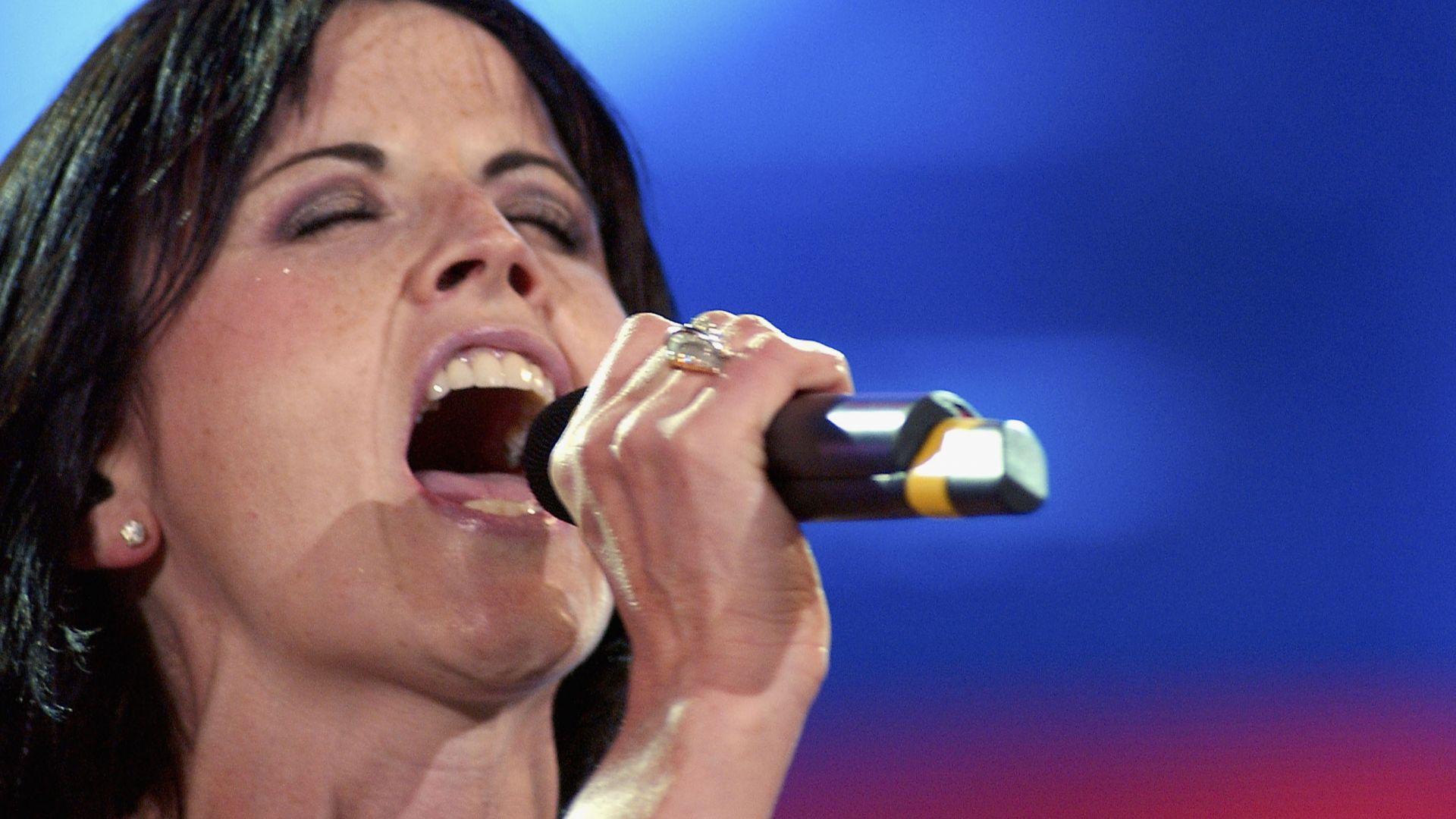Оповестиха точната причина за смъртта на вокалистката на The Cranberries