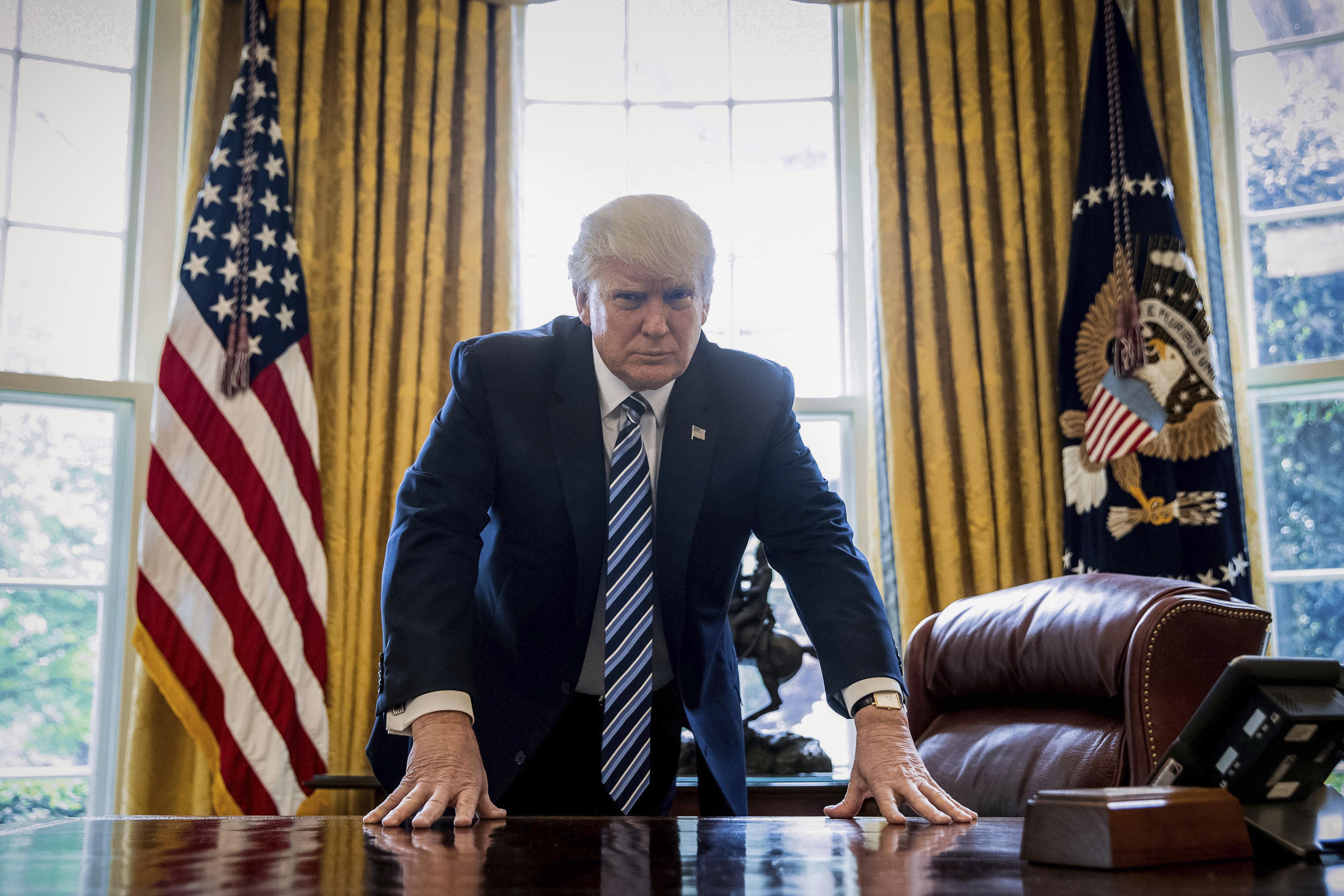 Противоречива година първа на Тръмп. Какво се случи?