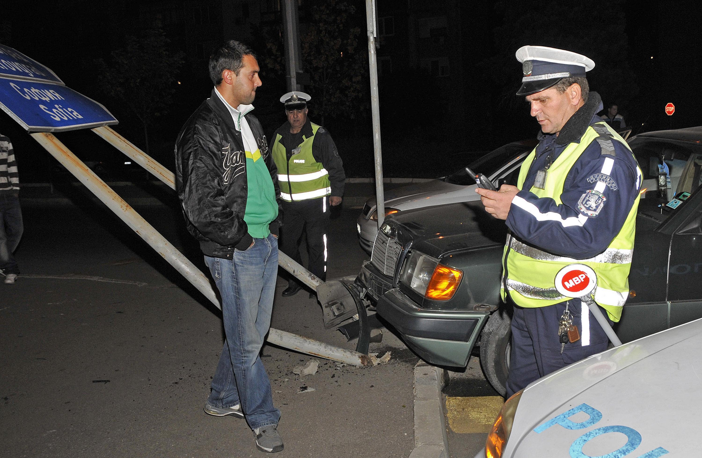 Акция на КАТ за поставени колани и столчета в колите