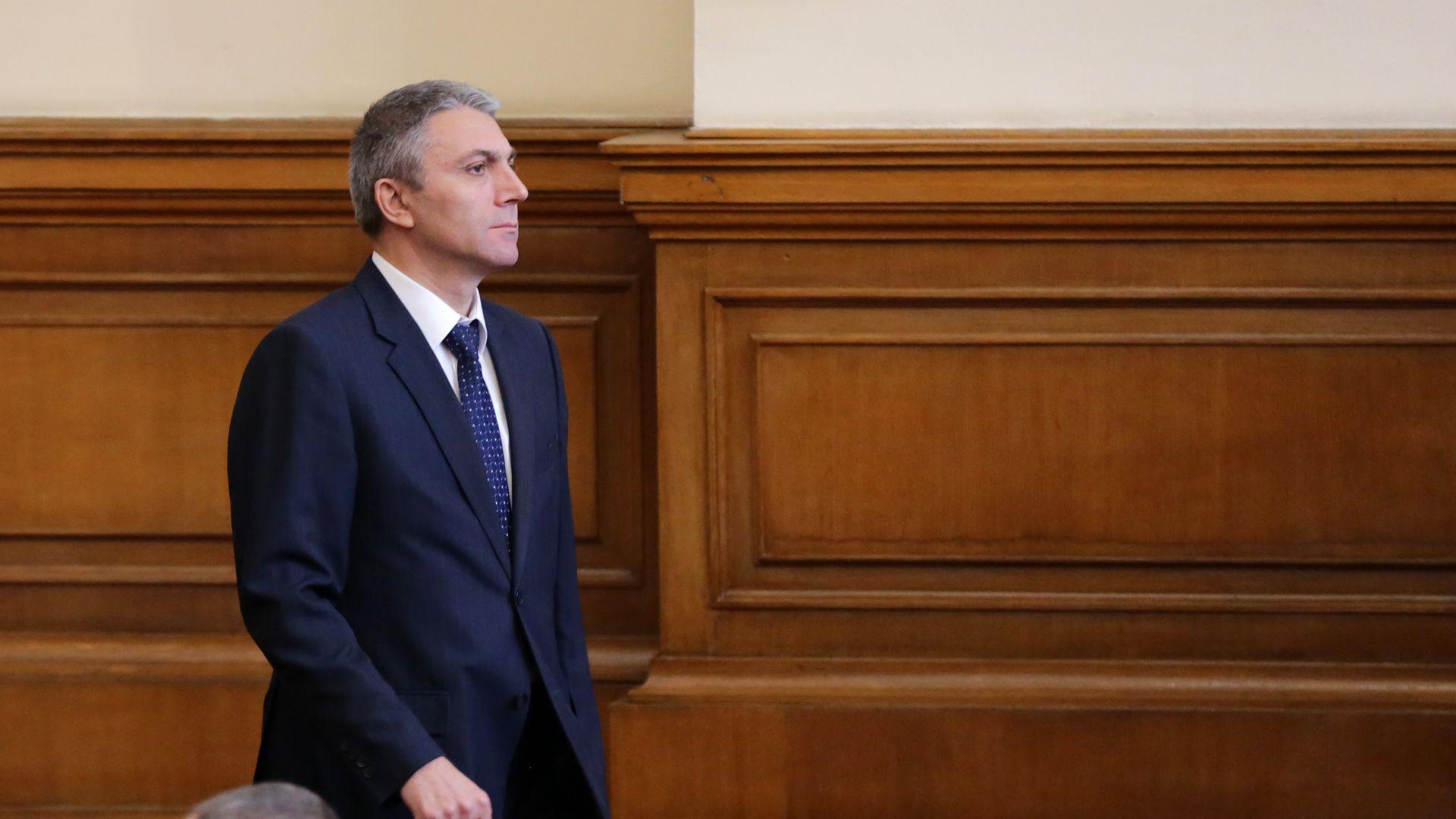 Карадайъ: Решението за преименуването на 800  местности е тест за българската демокрация