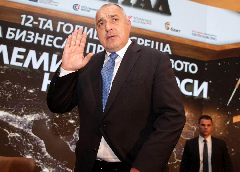 """Промениха часа на ЦСКА - """"Левски"""" след намеса на премиера"""