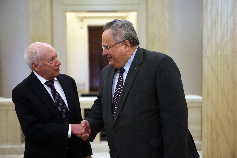 Преговорите за името на Македония ще продължат