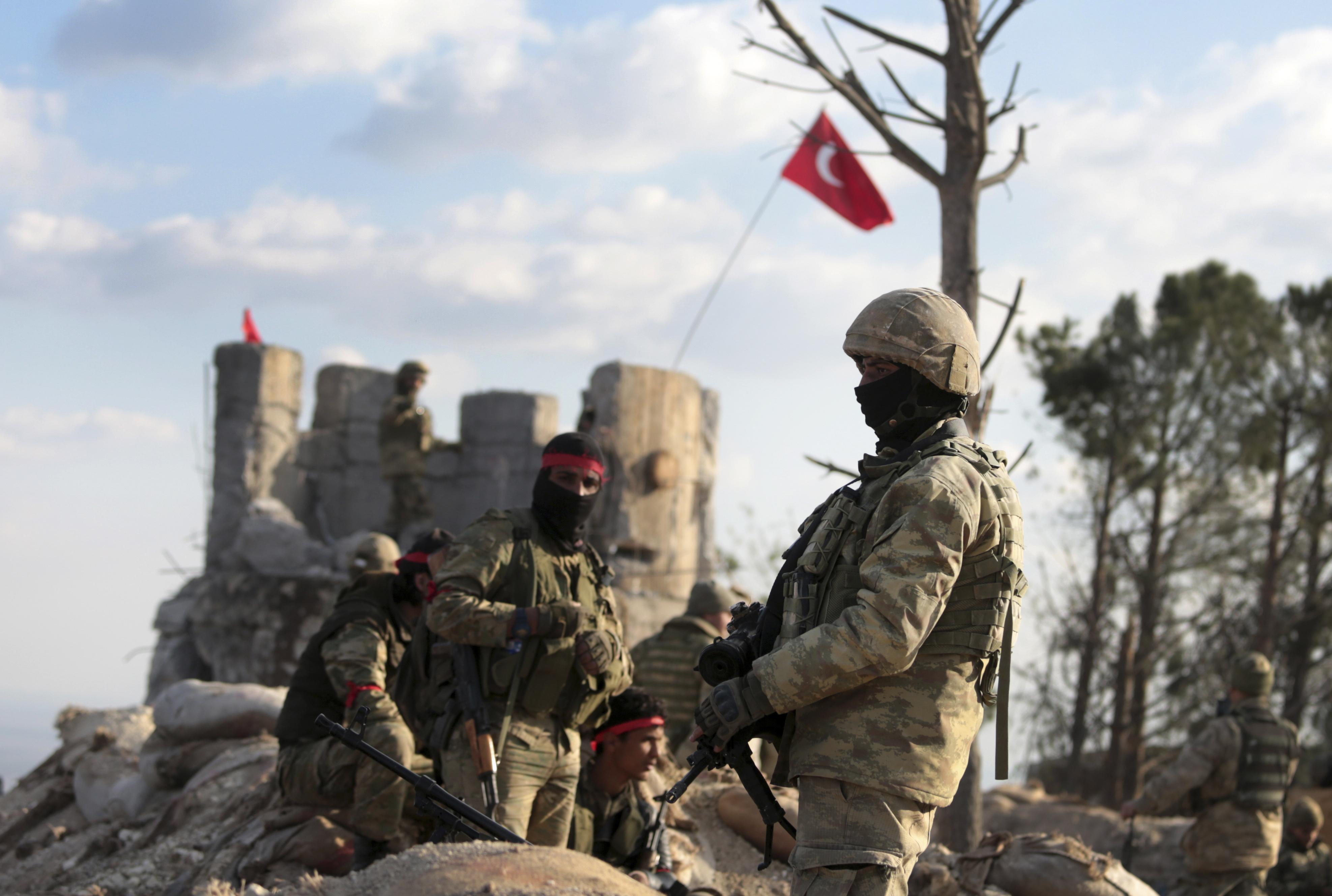 Протурски военни части влязоха в Африн