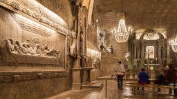 """Един от бисерите на ЮНЕСКО - солната мина """"Величка"""""""