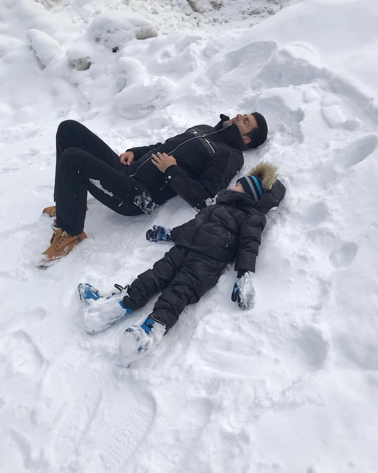 Джокович умили мрежата с кадър със сина си