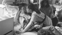 Какво означава любовта? Говорят снимките на Гидиън Мендъл