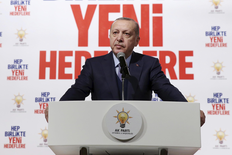 """Ердоган пак говори за """"братята и сестрите в Кърджали"""""""