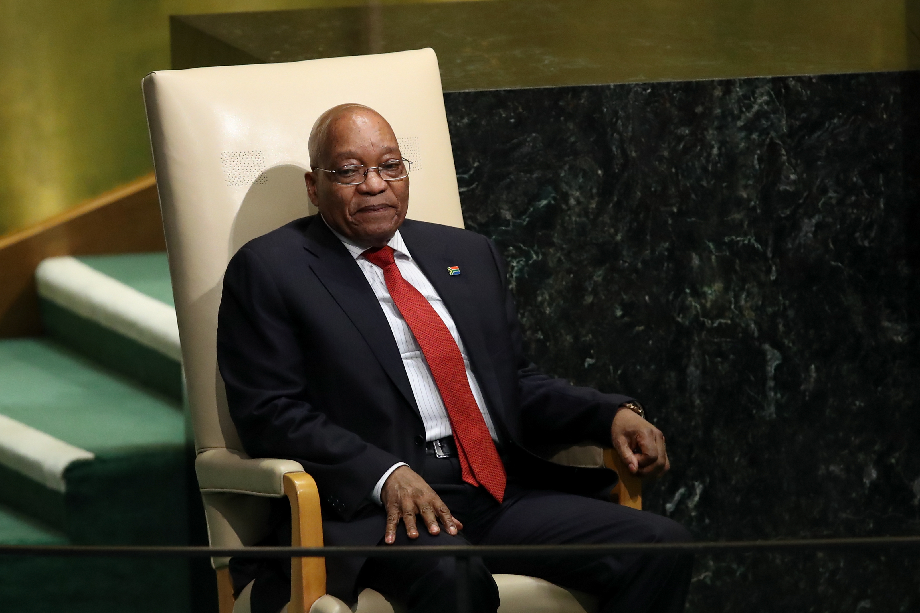 Южноафриканският президент Джейкъб Зума подаде оставка