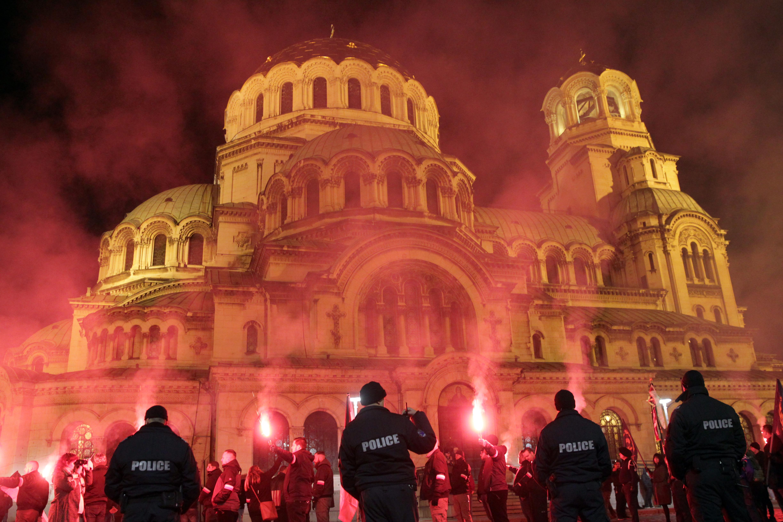 """МВнР остро осъди """"ксенофобското сборище"""" Луковмарш"""