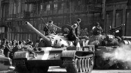 """""""Окупация 1968"""" - """"малкият човек"""" в """"голямата история"""""""