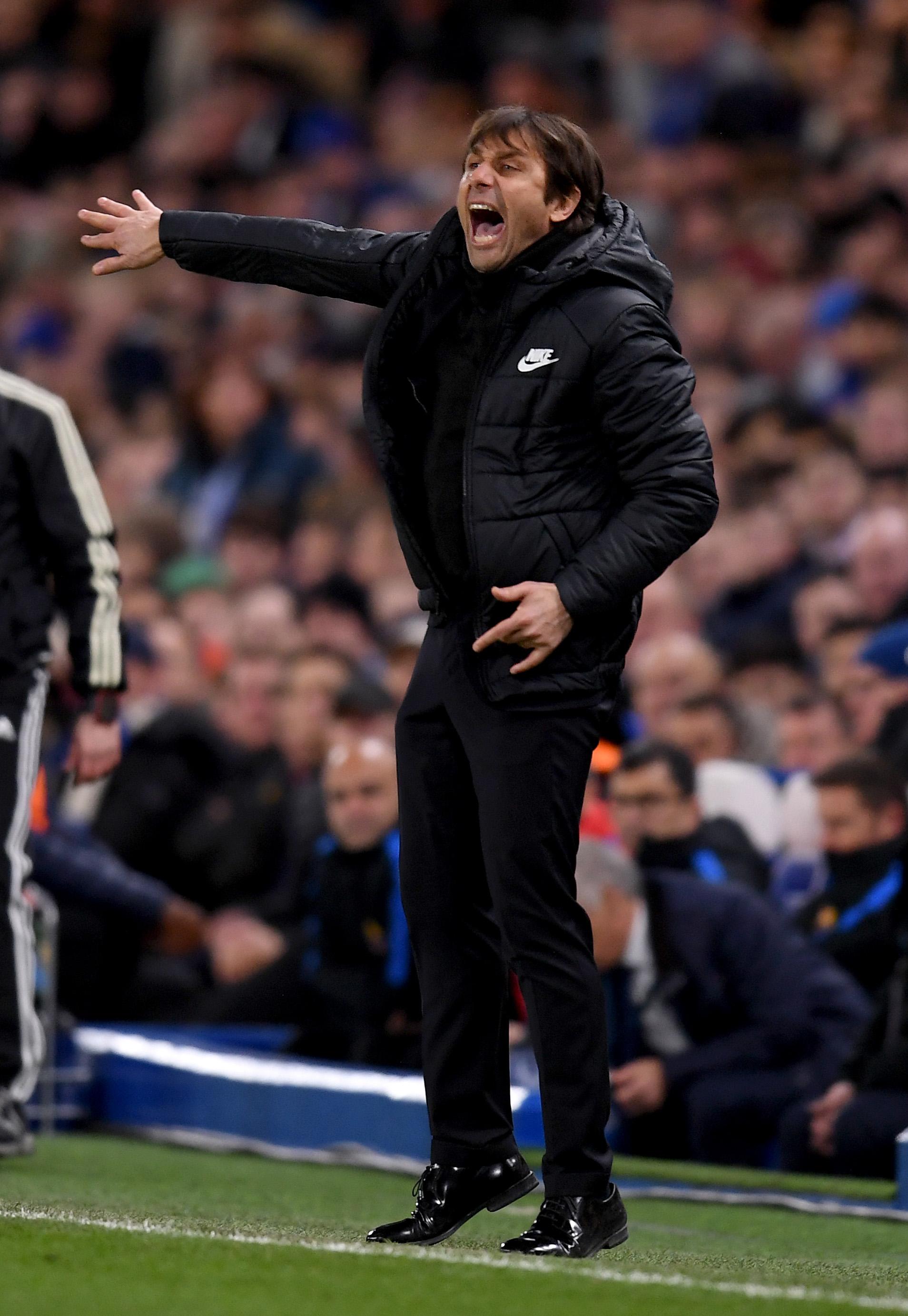"""Легенда разтърси """"Челси"""": Конте няма търпение да си тръгне"""