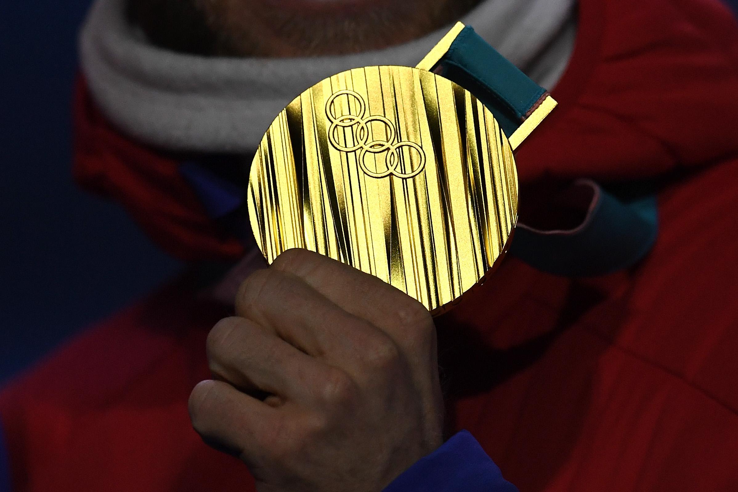 """Норвегия би Германия по медали с """"фотофиниш"""""""